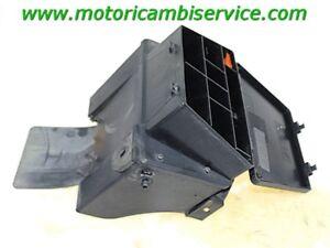 COMPARTIMENT-DE-CABLAGE-FUSIBLES-BMW-R-1150-RT-00-06-61132306380-61132306222