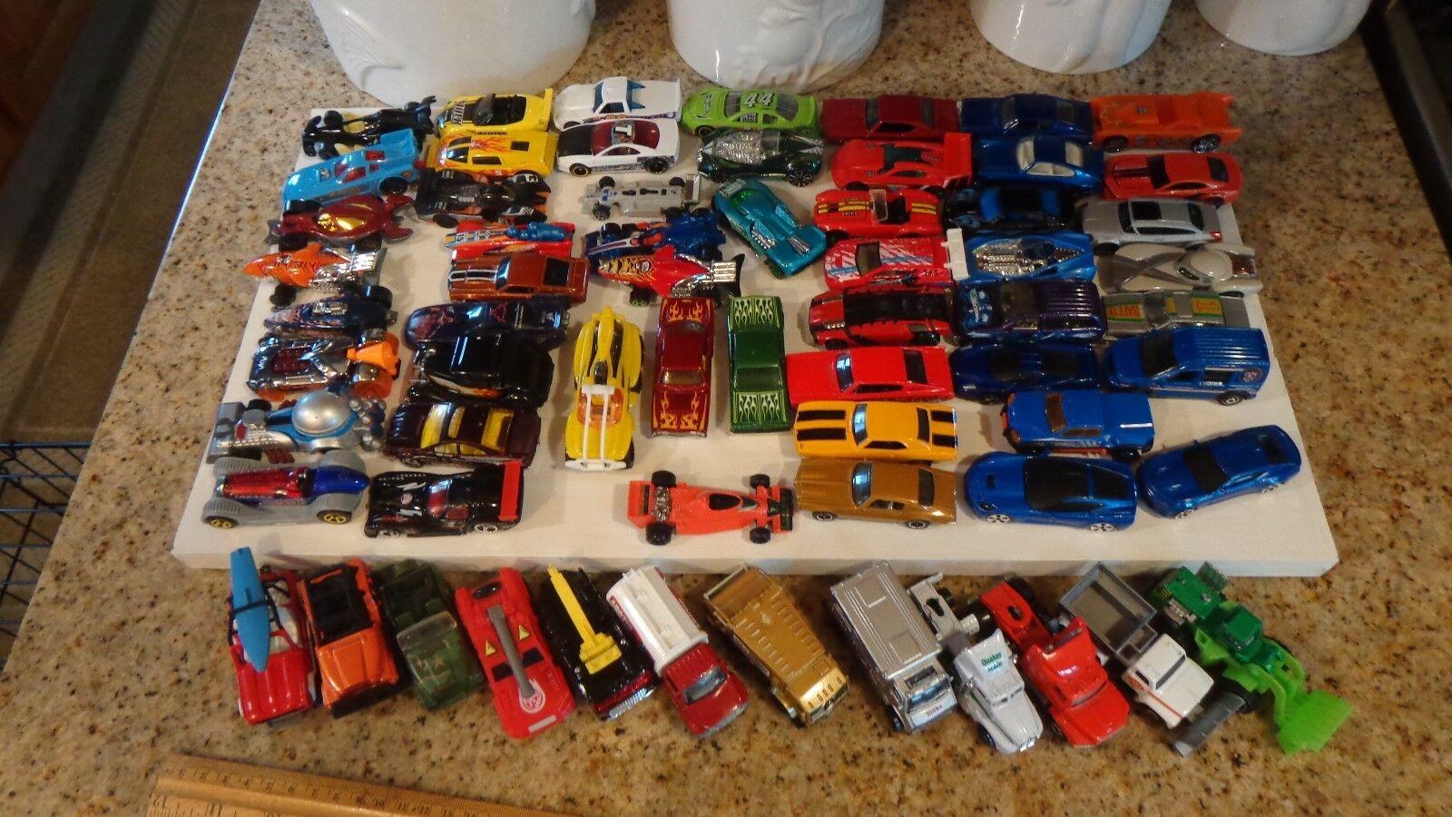 ordenar ahora Lote de 63 coches, camiones, camiones, camiones, corrojoores Hot Wheels y otros fabricantes de estilo contemporáneo  venta caliente