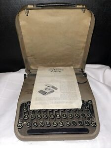 """Unique Vintage Typewriter Corona Zephyr Ultraportable 1938 Only 3"""" Tall"""