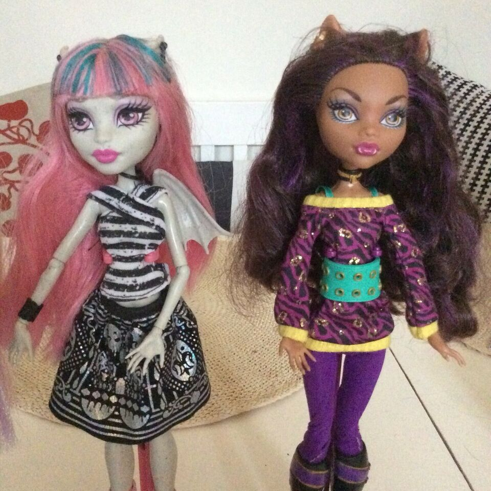 Barbie, Monster High dukker
