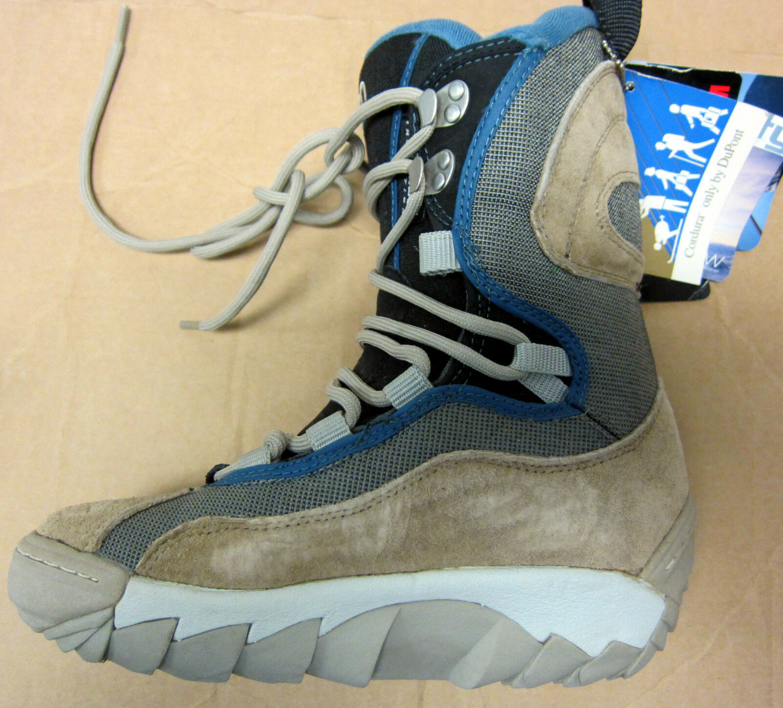 FLOW Morphan Snowboard Boots  NEW Mens size 5 euro 37 23.9 cm NEW  fast delivery and free shipping on all orders