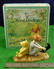 ROYAL DOULTON THE WINNIE THE POOH COLLECTION CHRISTOPHER ROBIN & POOH WP10 D005