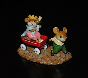 Wee-Forest-Folk-Queen-039-s-Carriage-Petersen-Figurine