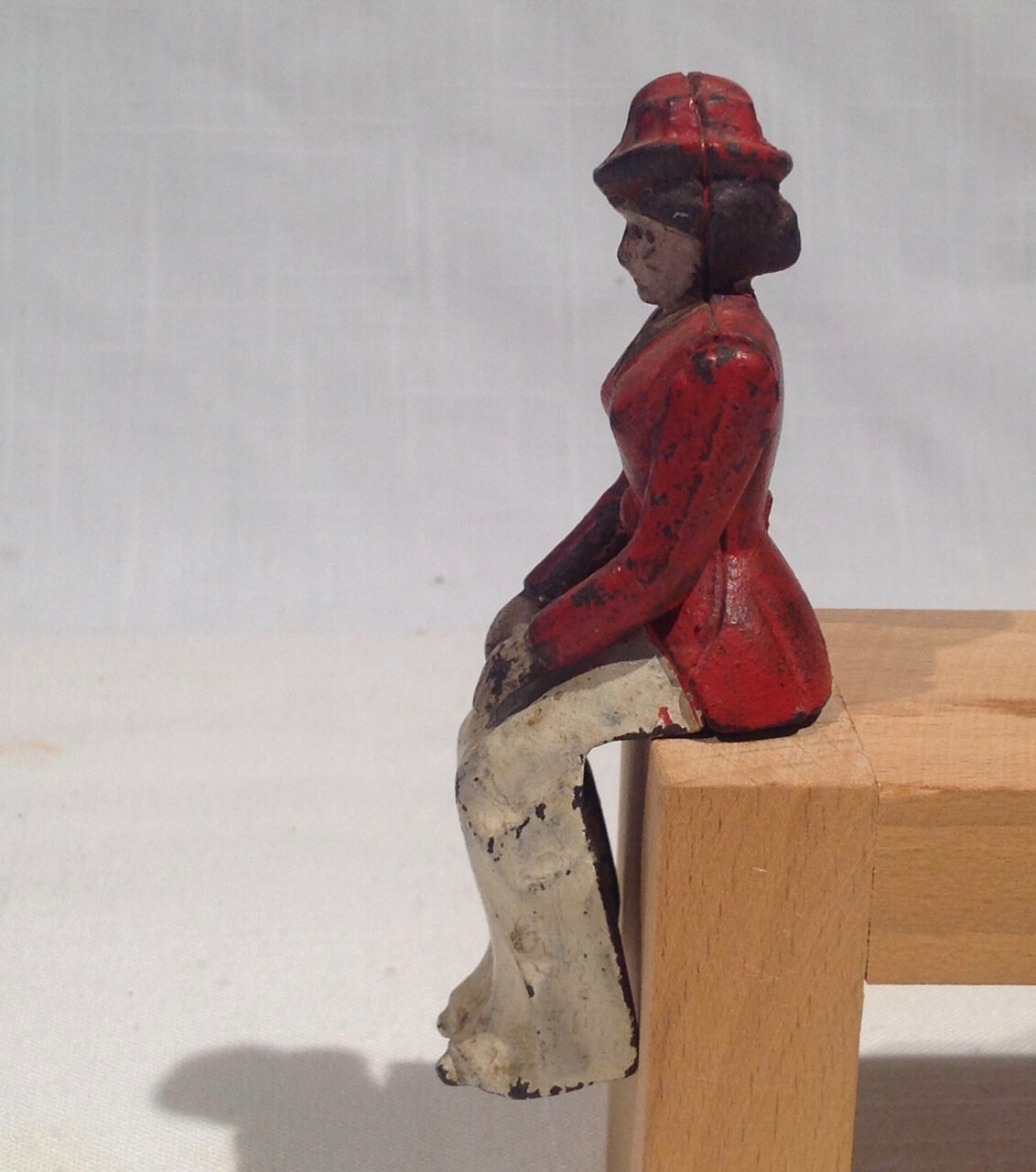 ORIGINAL 1906-1920's IRON WOMAN FOR IRON TOY HUBLEY BRAKE OR CARRIAGE