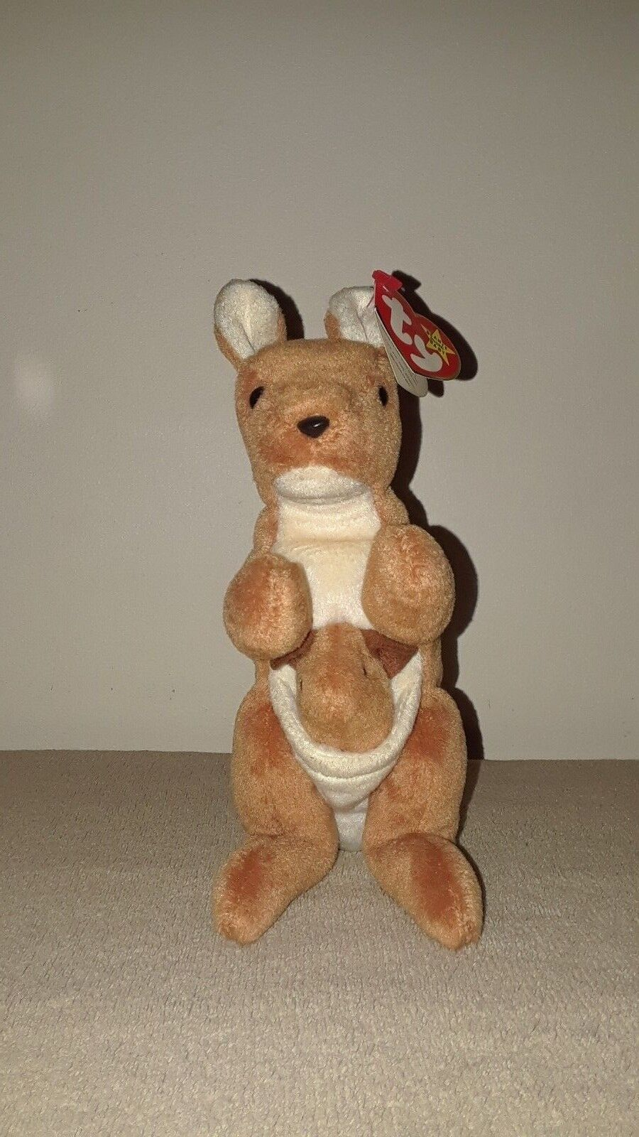 Rare TY Original Beanie Babies Pouch Kangaroo 1996 Retired with Tag Errors