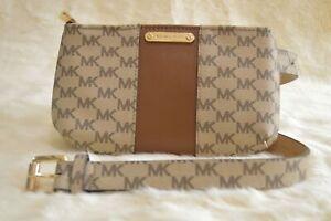 Michael Kors 556137C Khaki/Lug Small/Medium Fanny Pack MK Logo Signature Leat...