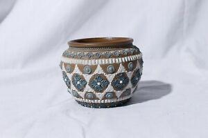 Antique-1883-Royal-Doulton-Lambeth-London-Silicon-Art-Pottery-Pot-3-034-Tall