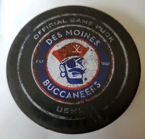 EST-1980-DES-MOINES-BUCCANEERS-USHL-OFFICIAL-GAME-PUCK-CANADA-PRO-FLEX-MFG