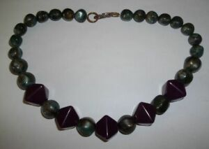 Vintage-Purple-amp-Pearled-Green-Lucite-Beaded-Necklace-20-034-L