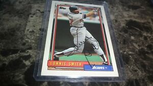 1992-TOPPS-LONNIE-SMITH-AUTOGRAPHED-BASEBALL-CARD