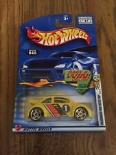 Hot Wheels 2002 Volkswagen New Beetle Cup #045 with roof Rail Stripe