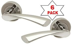 Twist  RRP £20.99 Modern High quality Polished Chrome Rose Lever Door Handle