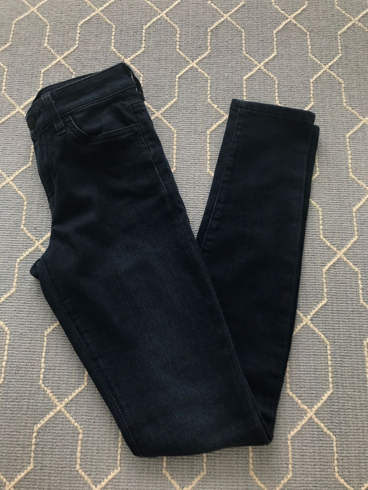 Joe's Jeans The Skinny Ankle Debbie High Rise Dark Wash Stretchy Size 24 GUC