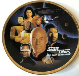 "Star Trek ""The Crew"" Collector's Plate  ENESCO CORPORATION 1993  w box"