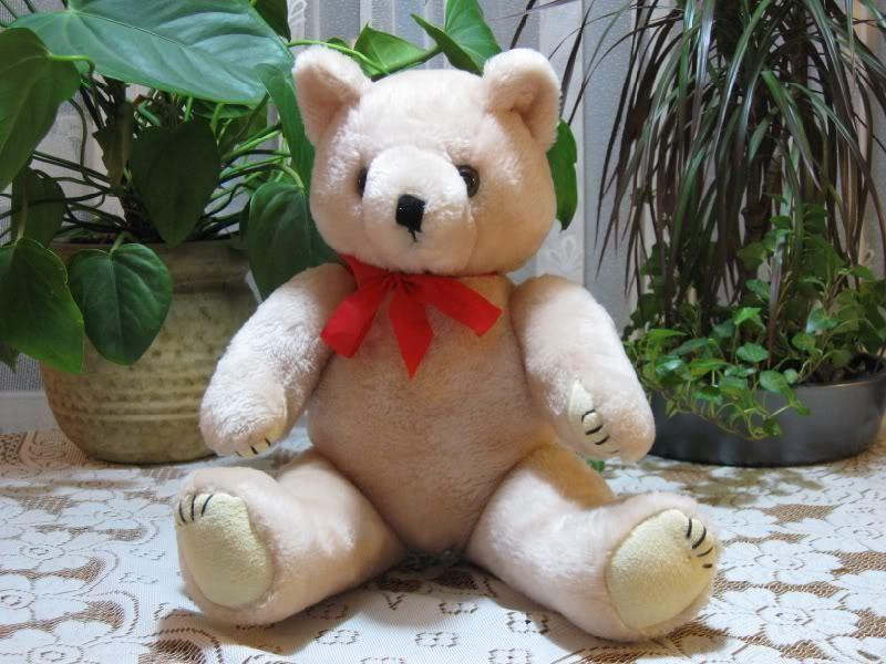 Kaemingk Aalten Holland Dutch 15in Vintage Jointed Bear