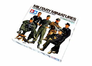 Tamiya-Military-Model-1-35-German-Tank-Crew-At-Rest-Scale-Hobby-35201