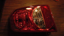OEM 2007 DODGE CALIBER RIGHT PASSENGER SIDE REAR TAIL LIGHT LAMP 05303752AG