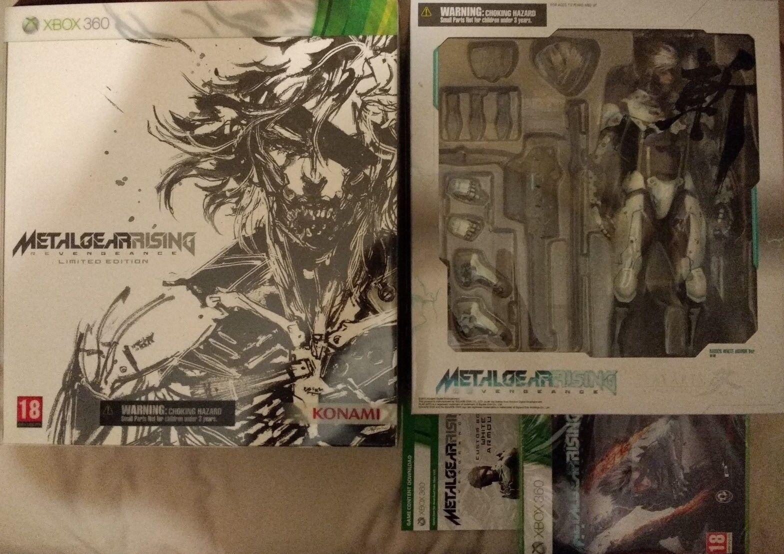 Metal Gear Rising Play Arts Kai Raiden White Limited Figure With Game XBOX360
