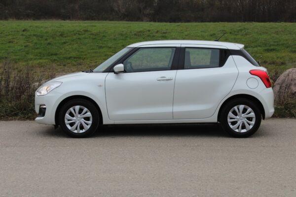 Suzuki Swift 1,2 Dualjet Club - billede 1