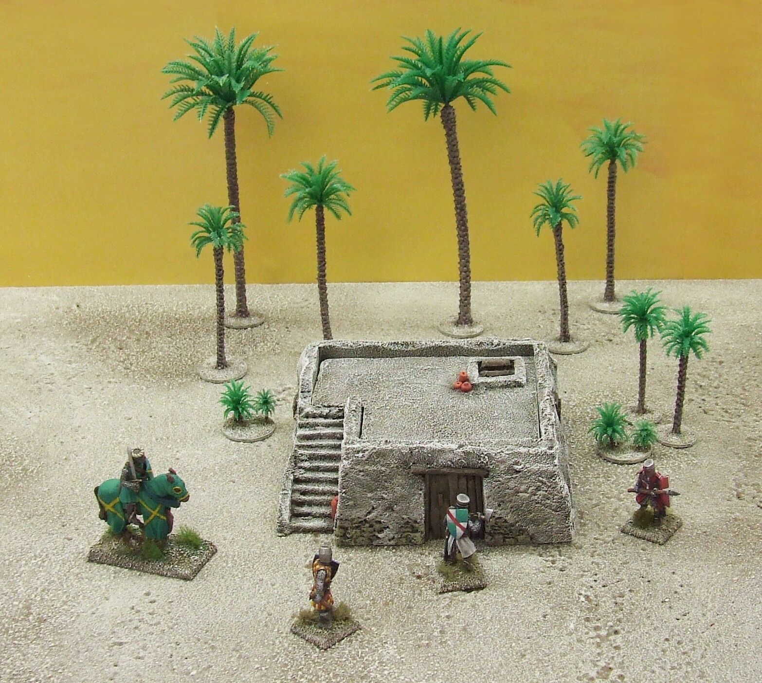 28MM SMALL 'ADOBE' - PAINTED TO COLLECTOR'S STANDARD