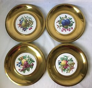 Set-of-4-Brass-Colored-Fruit-Plate-Wall-Hangings-Vintage-MCM-11-25-034