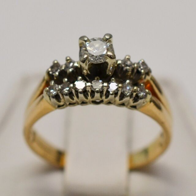14k Yellow Gold Solitaire 0.23 ct With Aceents 0.11 tcw Ring Size 7.5