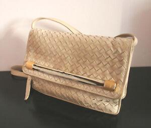 6f1a5fe4a1b56d Das Bild wird geladen Cosci-Tasche-tolle-Vintage-Handtasche -weiches-geflochtenes-Leder-