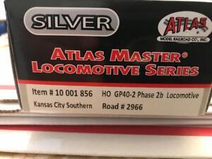 ATLAS-HO-Scale-GP40-2-Phase-2B-Locomotive-Kansas-City-Southern-2966-NIB