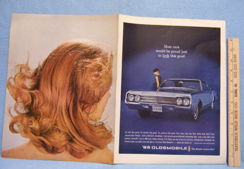 Vintage 1965 Magazine Ad for Oldsmobile Dynamic 88 With Action-Line Design