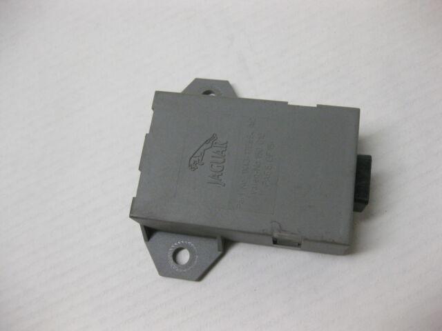 2003 jaguer x type rain sensor windshield 1x43-14a073-af oem 03 04