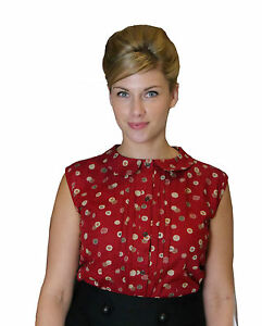 Red-cotton-sleeveless-blouse-with-peter-pan-collar