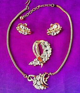 TRIFARI-Pat-Pend-Rhinestone-Set-Necklace-Brooch-Earrings-LOOKS-NEVER-WORN