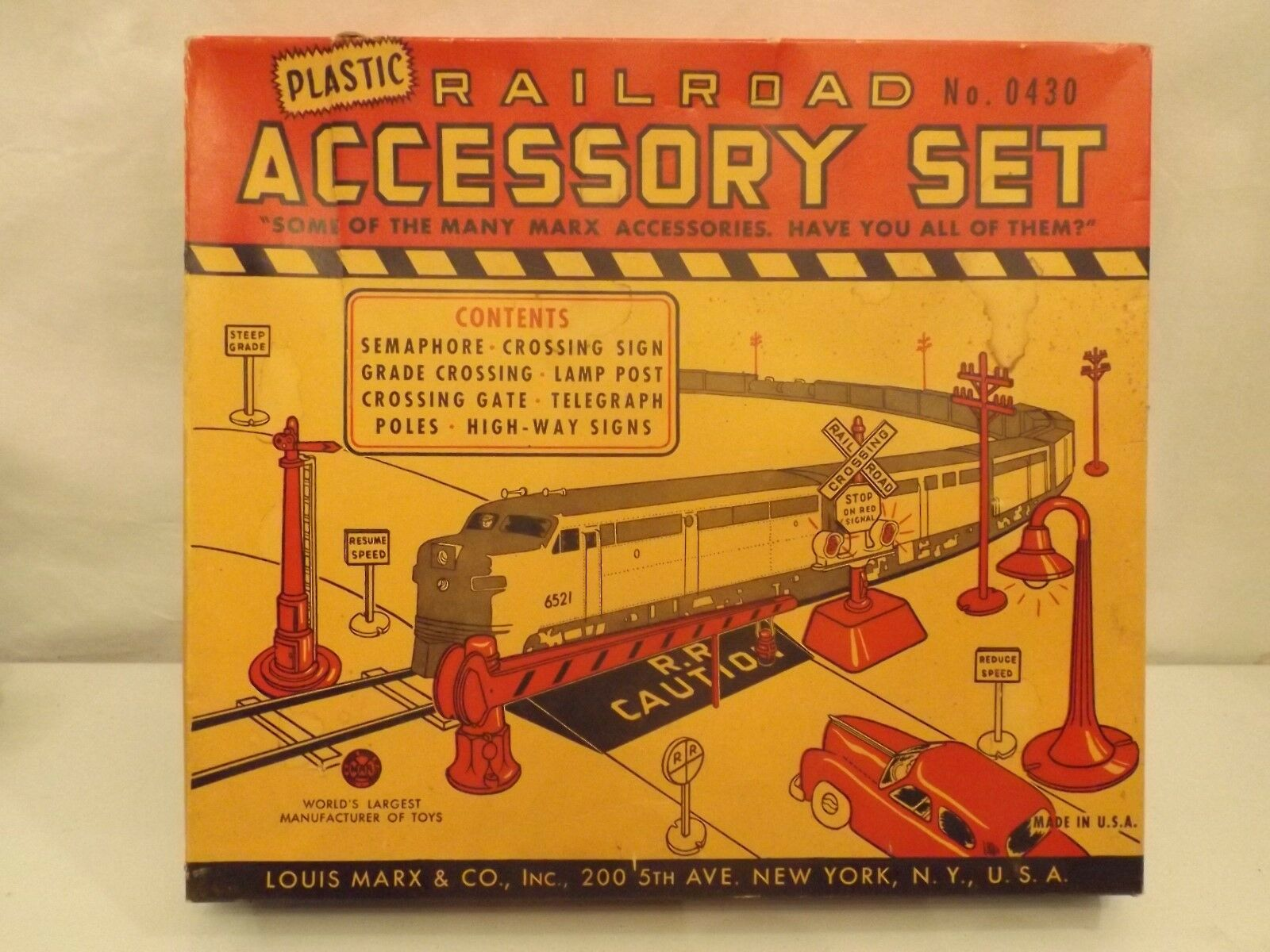 O Marx  0430 railroad accessory set in original box