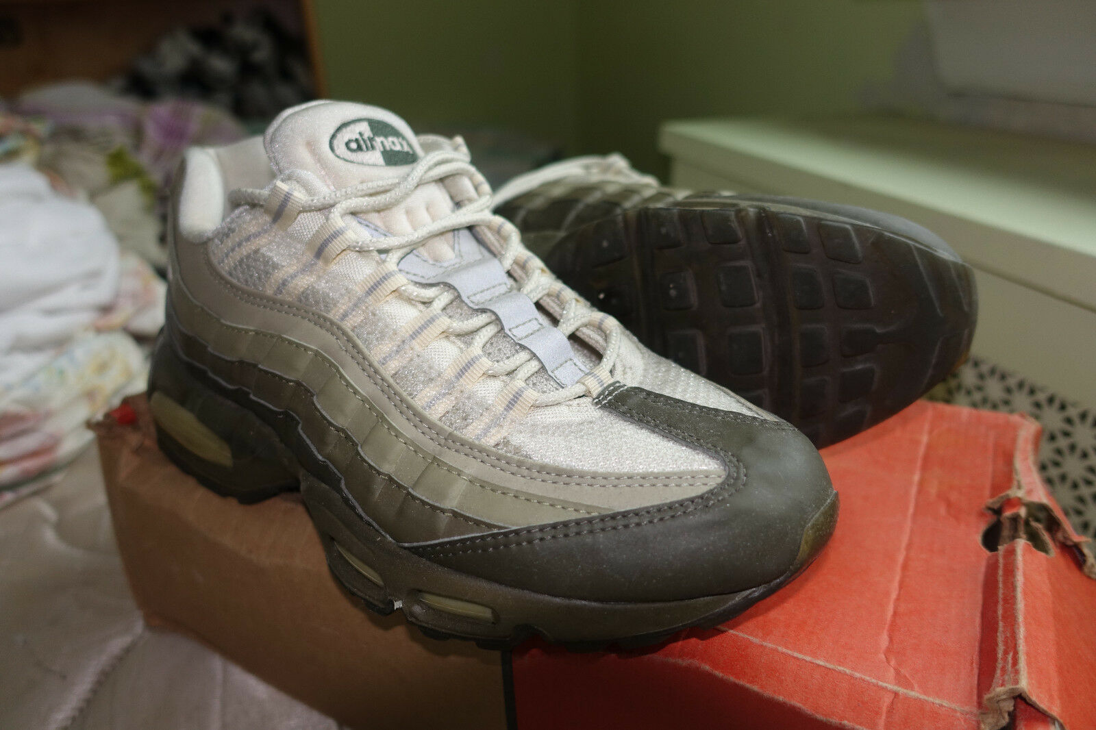 Nike Air Max 95 Olive Green size 9.5 co.jp exclusive