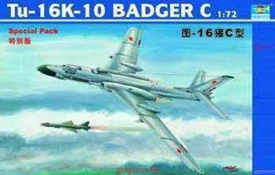 Trumpeter 1 72 01613 Tu-16K-10 Badger C
