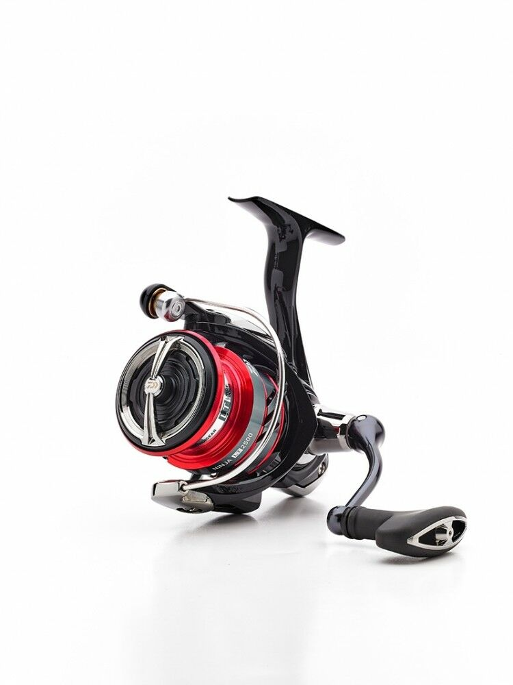 Daiwa NEW 18 NINJA LT (Light & Tough) - Feeder Coarse Sea Spinning Fishing Reel