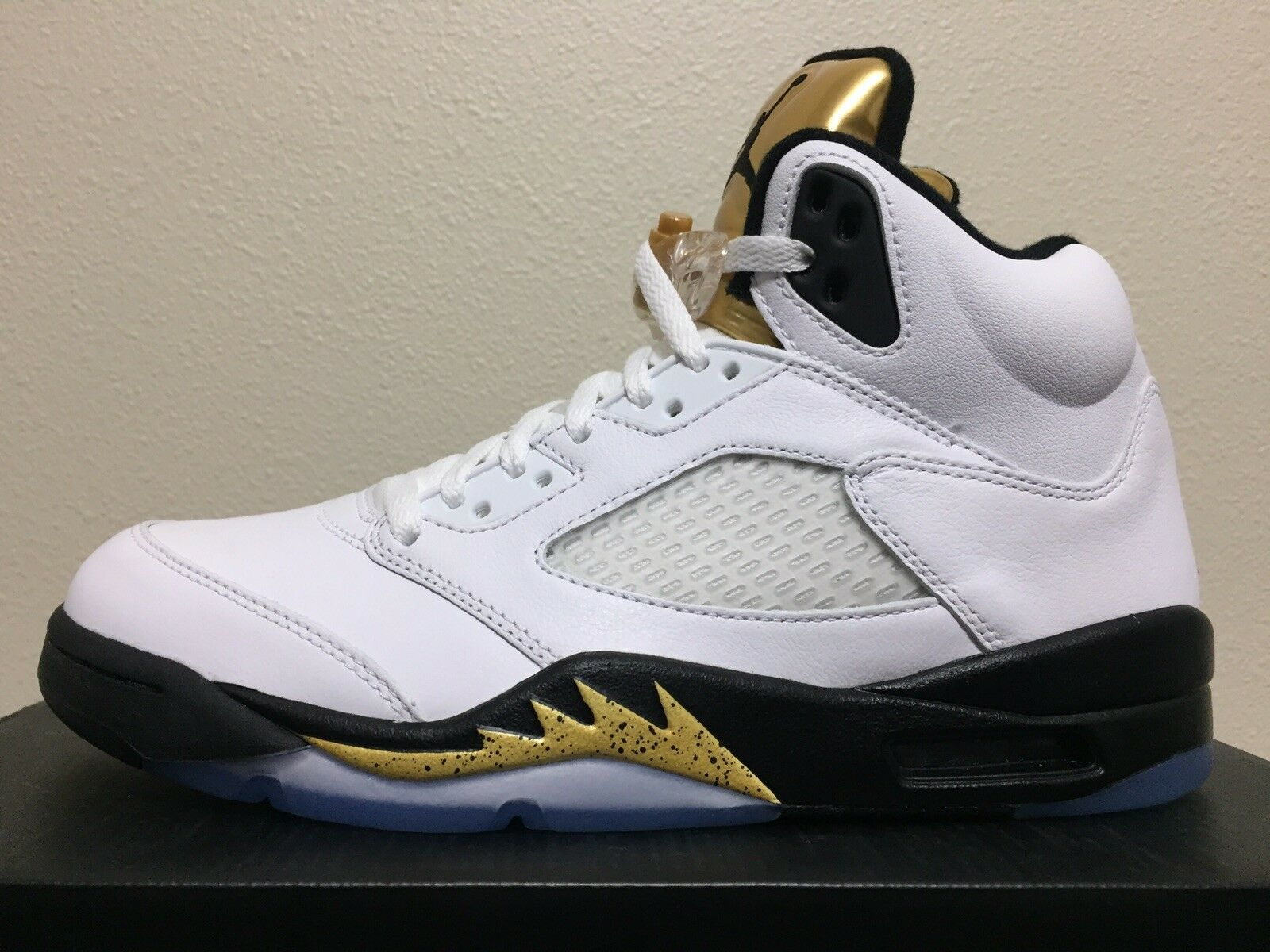 "fe60e7e174f Nike Air Jordan 5 Retro ""gold Coin"" nckrzw7296-Athletic Shoes"
