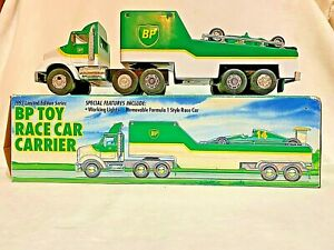 BP-Toy-Race-Car-Carrier-w-Working-Lights-amp-Removable-F1-Style-Race-Car-1993