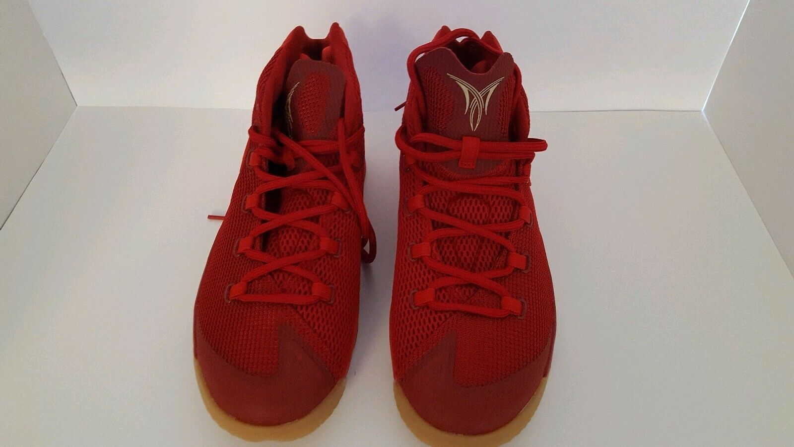 Nike Jordan Melo M12, Gym Red Challenge Red  Metallic gold, 827176 696, Size 8.5