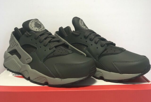 wholesale dealer a0848 7bd1a Nike Mens Size 9 Air Huarache Grey Dark Green Athletic Running Sneakers  Shoes