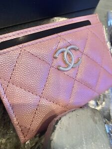 6d753a9069cefb CHANEL 19S Iridescent Pink Caviar Flat Card Holder 2019 PEARLY CC ...