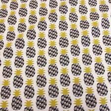 Stoff Baumwolle Meterware Ananas schwarz grau gelb Deko Kleiderstoff Frankreich