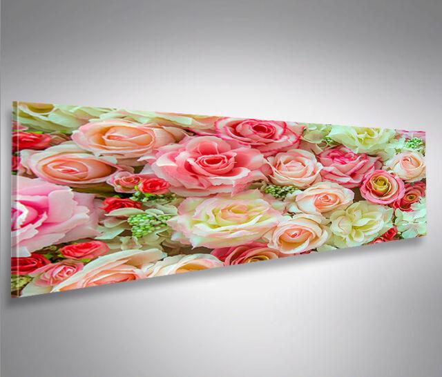 Bild auf Leinwand Abstract Romantische rosafarbene Rosen Blumen mit Wassertropfe