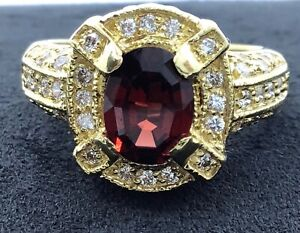 Vintage-18k-Yellow-Gold-Garnet-and-1-08ctw-Diamond-Cocktail-Ring