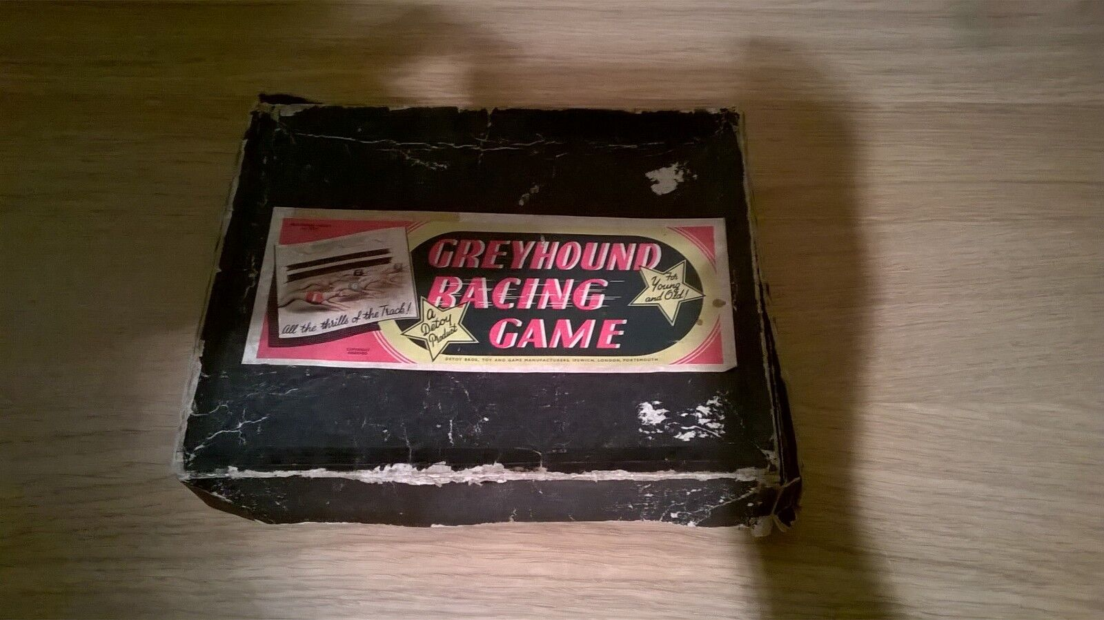 Rare Vintage Detoy Greyhound Racing Game .