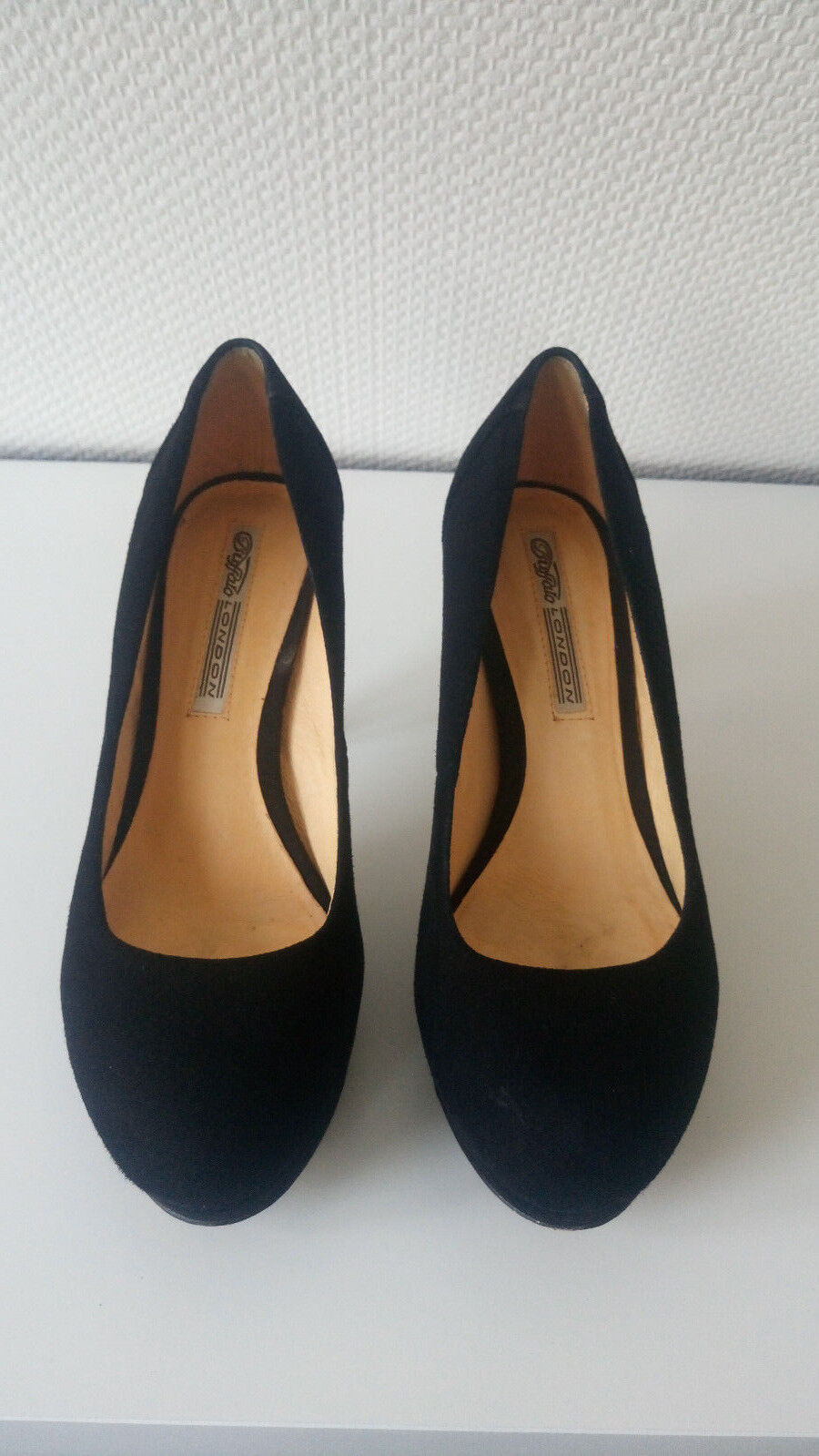 Echtleder Buffalo London Pumps Pumps London Gr. 39 Plateau Wildleder Leder Party high heels 115baf