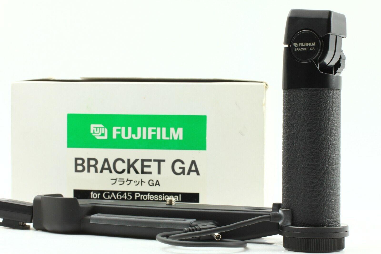 [Mint in Boxed] Fuji Fujifilm Flash Bracket GA Grip For GA645 From JAPAN #0938