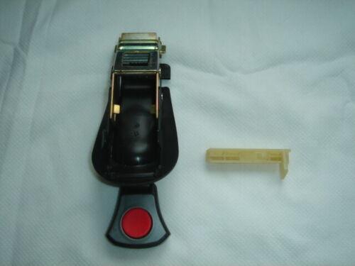 MAXI COSI Pebble Adjuster Push /& Release Button Crotch Buckle Harness car seat