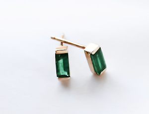 14k-Yellow-Gold-Natural-Emerald-Baguette-Earrings-Studs