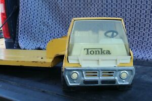 Tonka-Toys-Low-Loader-Equipment-Hauler-Flat-Bed-Truck-Pressed-Steel